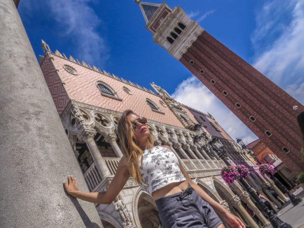 disneyland millenials blogger travel orlando epcot