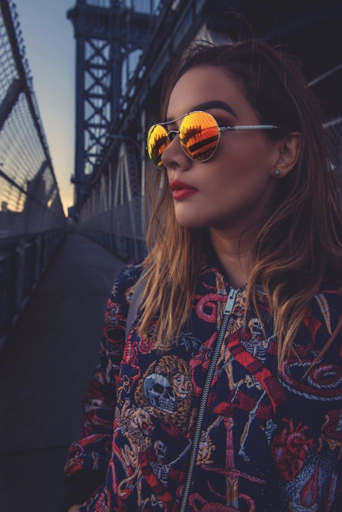 photos on the manhattan bridge new york