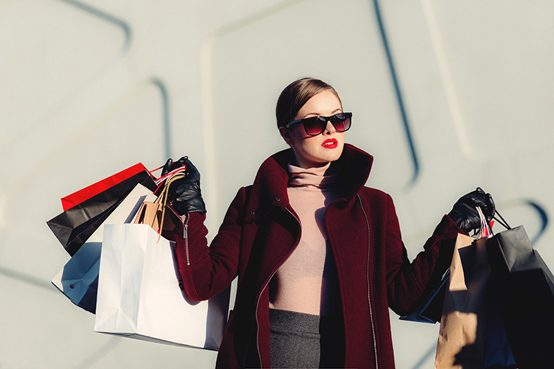 shopping alone tips
