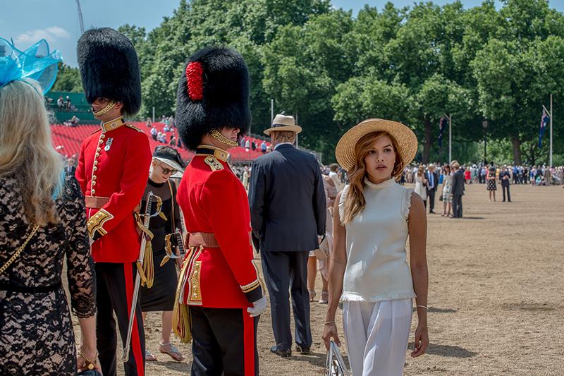 Trooping the colour 2017 fashion blogger london royal style ollie lythe photography caroseditorial caro santamaria 16